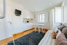 Apartment in Lisbon - L1.3 - MOURARIA LISBON 1 BEDROOM DUPLEX APARTMENT