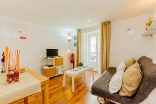 Apartment in Lisbon - BAIRRO ALTO CHARMING 1 BEDROOM APARTMENT